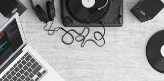 כלי נגינה וציוד לאולפן הקלטות ביתי במקום אחד